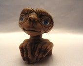 ET Figurine Shelf sitter in ceramic, from 1982