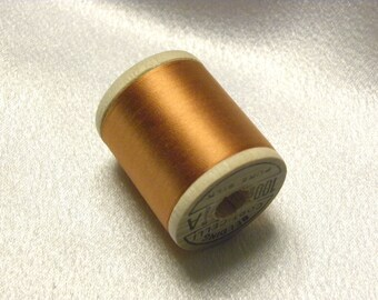 Antique 1930's Corticelli Pure Silk Hand Sewing Embroidery Thread 100 Yd. Wooden spool of  Shade 5475 Light Rust