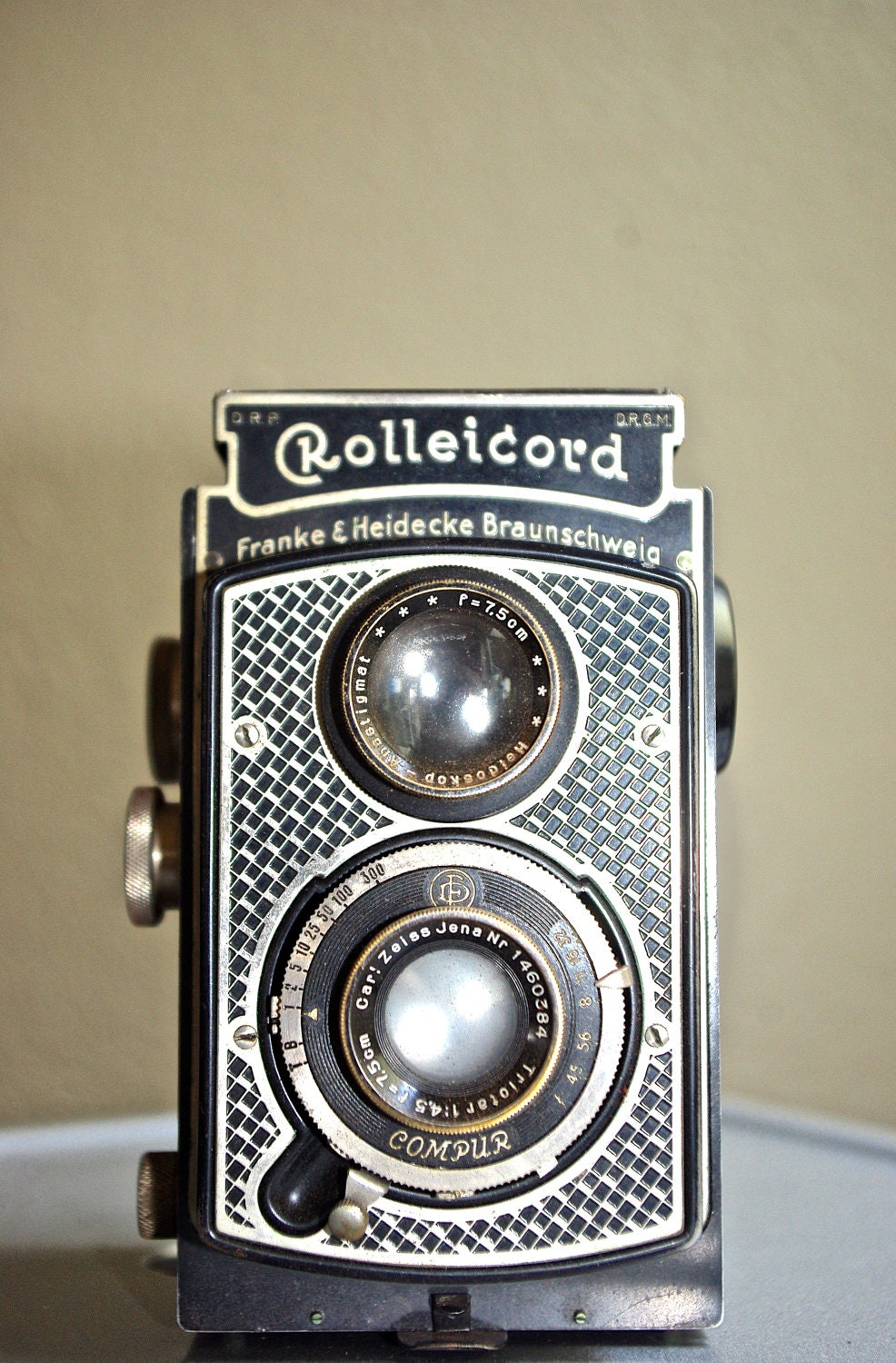 rare vintage art deco rolleicord camera c 1933 1936. Black Bedroom Furniture Sets. Home Design Ideas