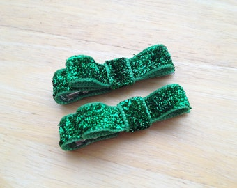 Set of small green glitter hair clips - St. Patrick's Day hair bows