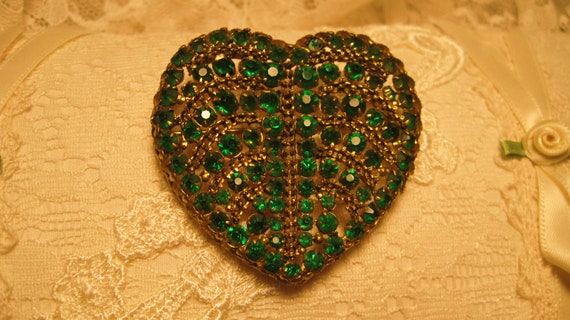 20% discount code Gorgeous Emerald Rhinestoned Antique Heart Brooch Made in Czech Republic