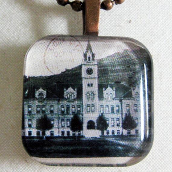 University (Main) Hall University of Montana Missoula Pendant for Necklaces - great Montana Grizzlies gift