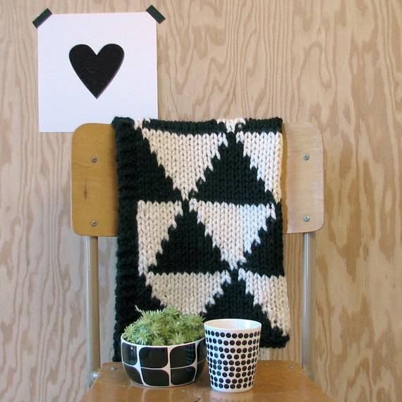 Items Similar To Knitted Triangle Pattern Baby Blanket For