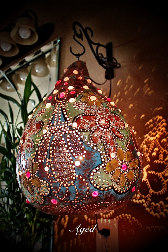 AGED-  Wall hanging, bedroom, living room, flowers, Gourd, lamp, glass, beadwork, Home Decor, Red glass beads/crystal red beads