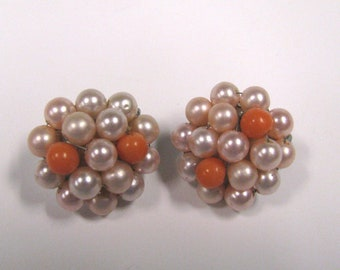 Vintage Soft Pink & Coral Pink Faux Pearl Beaded Clip on Earrings, Beaded Cluster Earrings