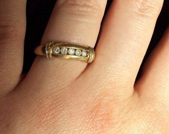 10k Yellow Gold Diamond Annivesary Wedding band Ring Size 8