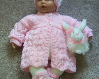 Custom handmade  knit baby girls or Reborn Dolls pink Scalloped edge Sweater hat  booties set Layette 0-12M Ready To Ship