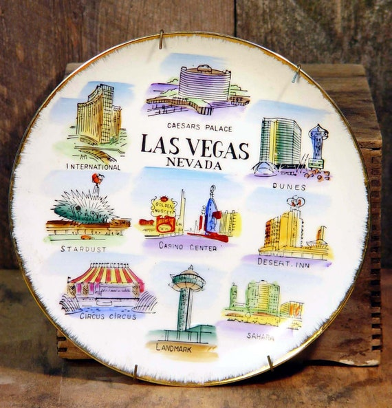 Las Vegas Nevada Tourist Trap Plate Retro 1970s Home Decor