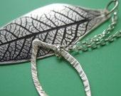 Leafy Lariat