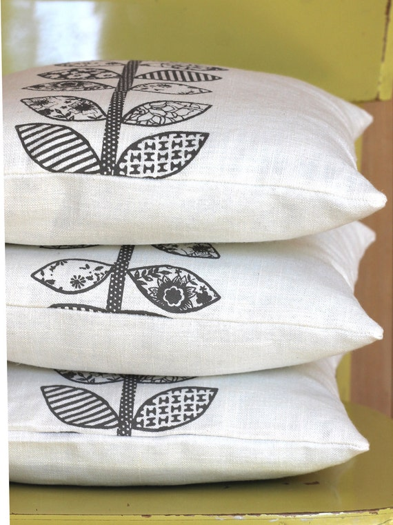 NEW Anna Joyce Textile Collection Linen Pillow, 14 x 14, Gray Vintage Leaves