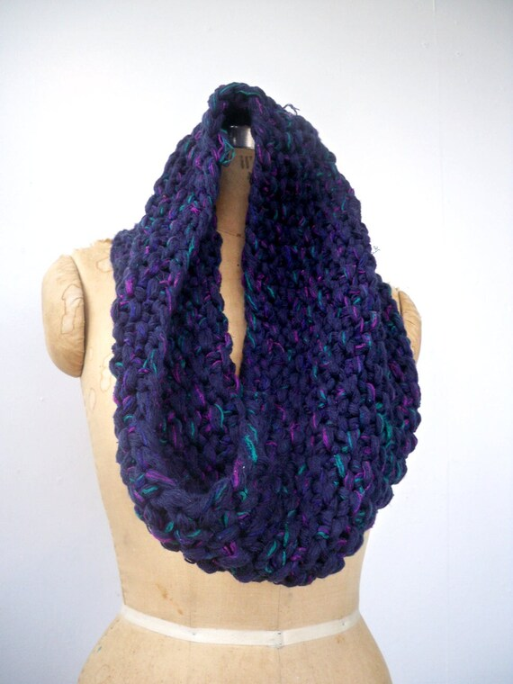 Reserved for kingjester001- Chunky knit cowl scarf in recycled navy blue yarn - eco friendly infinity scarf