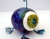 Eyeball gourd & Wire Creature Desktop Pal  alien green eyed blue purple teal weird miniature
