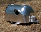 Vintage Aluminum Airstream Birdhouse Trailer