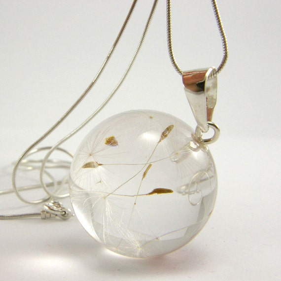 Dandelion Seeds Resin and Silver Necklace, Small Dandelion Seeds pendant,