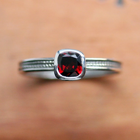 Sterling silver garnet ring - cushion cut solitaire - wheat braid - oxidized - January birthstone -bezel ring - size 7.5 - ready to ship