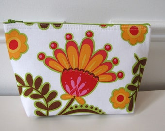 Large Zipper Purse Makeup Pouch with Flat Bottom