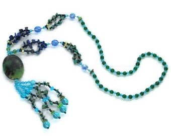 Semiprecious necklace in blue and green