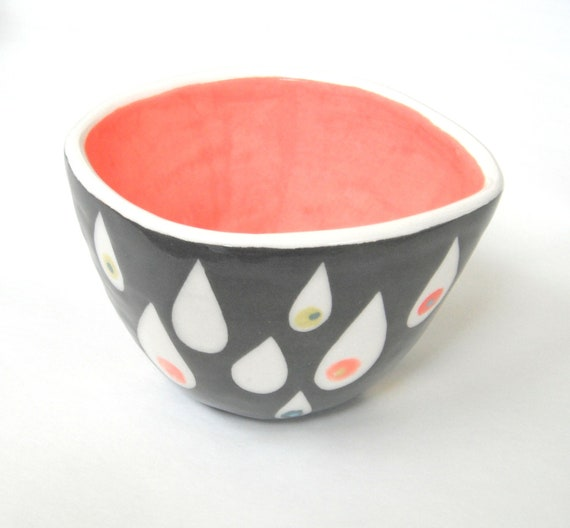 Rain Cup-handmade ceramic bowl pink with rain drop pattern