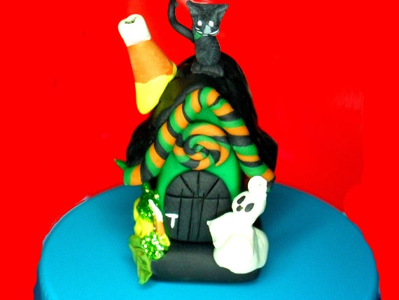 classic limited edition  hand sculpted polymer clay Whimsy Halloween Haunted House micro miniature