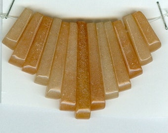 Red Aventurine Mini Cleopatra Collar Fan Graduated 13pc Bead Set