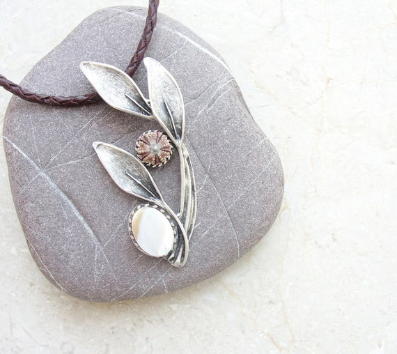 Leather Sea Urchin Necklace - Leather Sea Urchin Metal Mother of Pearl