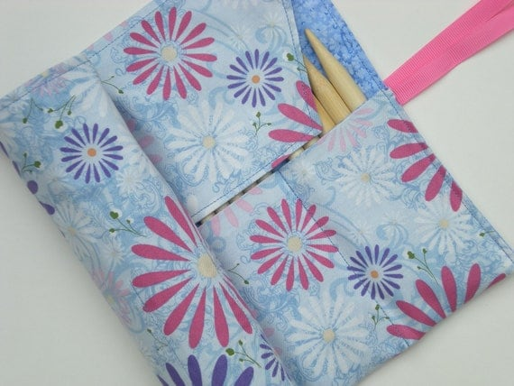 double pointed knitting needle case - knitting needle case organizer - fun floral on blue
