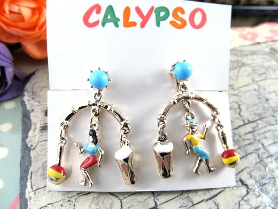 Vintage Screw Back Chandelier Earrings Calypso Theme on Original Card