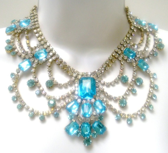 SALE--Vintage Czech Rhinestone Necklace Runway Bib and Matching Dangle Earrings