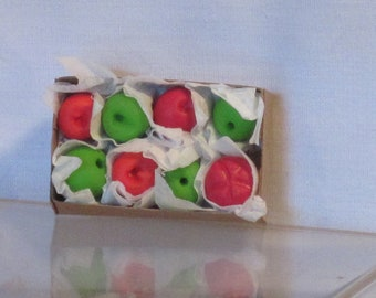 Miniature box of specialty apples