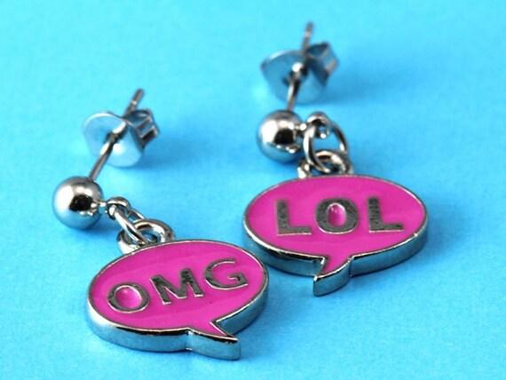 OMG LOL Speech Bubble - Geeky Ball Stud Earrings - Fuchsia Pink