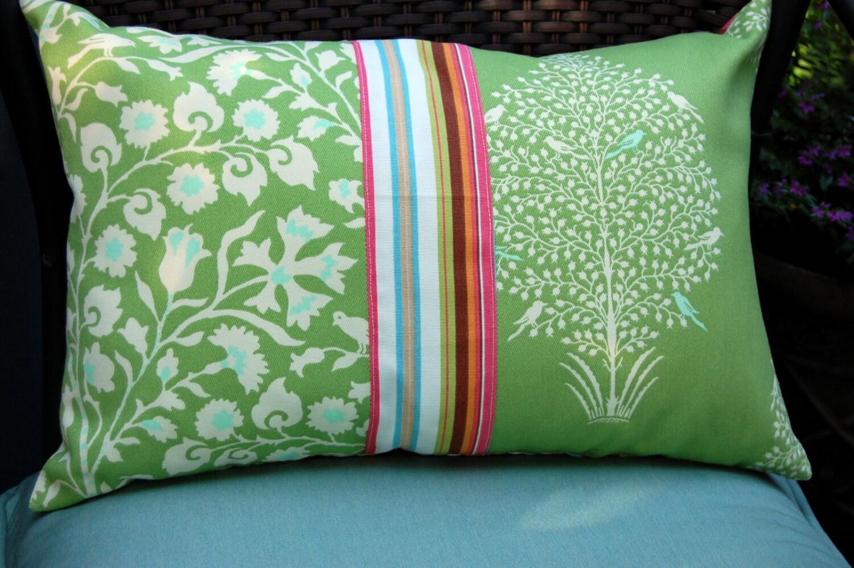 songbird outdoor lumbalen kissen lime green outdoor kissen. Black Bedroom Furniture Sets. Home Design Ideas