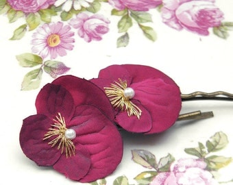 Little Raspberry Viola Clips