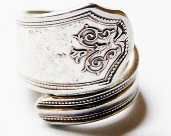 Vintage Silver Spoon Ring - Tulip/Fleur du li - Size 7 (adj by me)