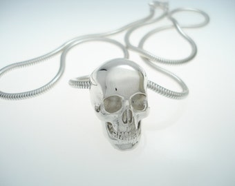 the full skull pendant in sterling silver with 2.5mm silver snake chain