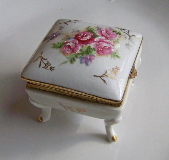 Etsy vintage porcelain trinket box jewelry box porcelain for Vintage antique jewelry box