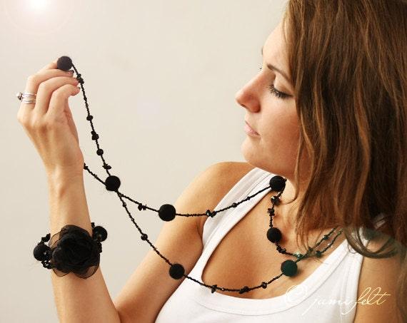 Long necklace and bracelet set - 'Timeless Classic Black Set'