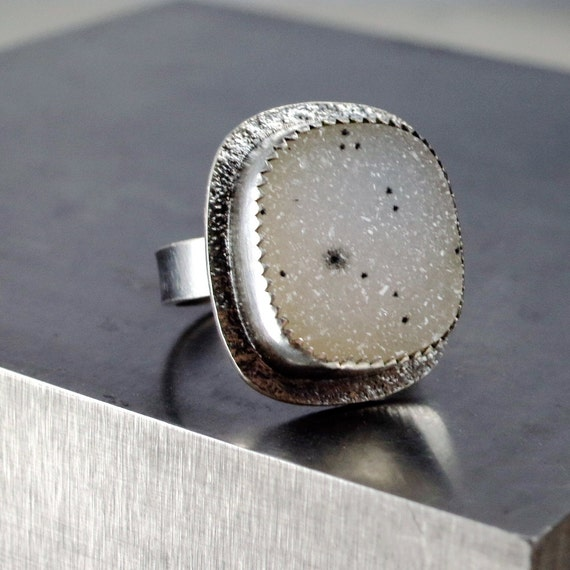 Drusy Ring, Sterling Silver, sparkling white gemstone, Cocktail ring