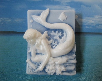 Soap. The Mermaid with fragrance of Beach Daisies, a blend of lemongrass, daisy, gardenia & ylang ylang.