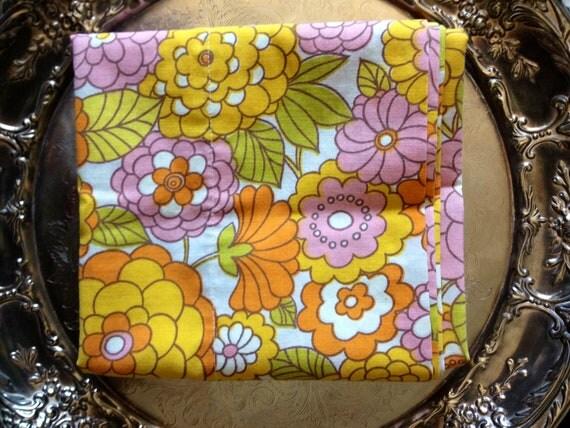 Vintage Mod Floral Pillow Case