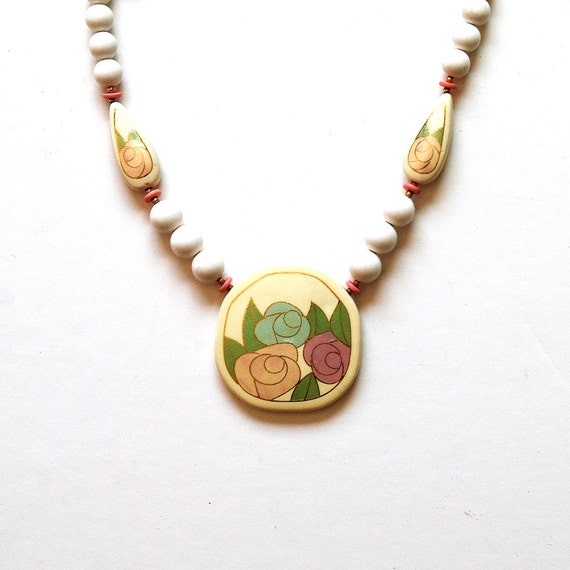 vintage ROSE necklace  / 1980s pastel FLORAL glass bead necklace