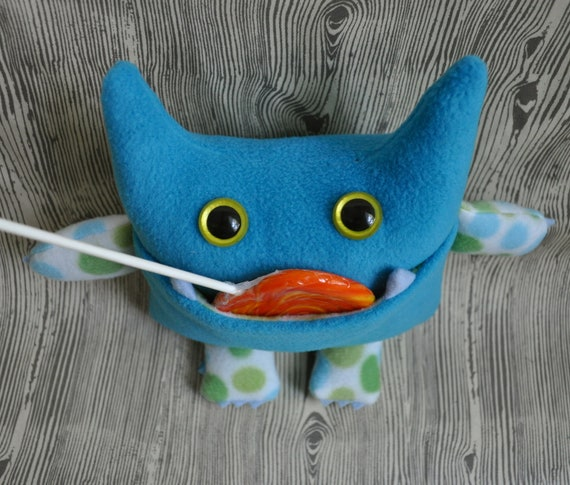 Wibbly Woo - stuffed plush turquoise pocket monster