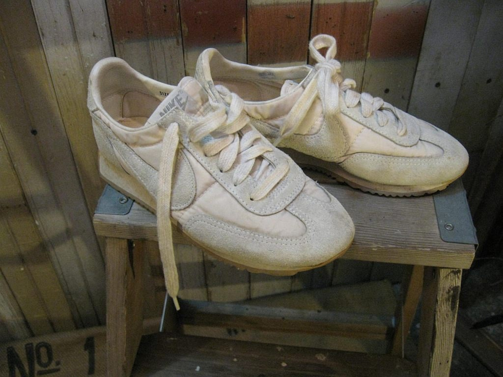 Vintage Nike Running Shoes 80s Sneakers White Leather 5 6