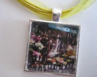 Parisian Florist Pendant - Paris Pendant