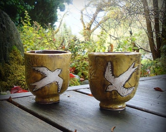 Yunomi Porcelain Tea Cup with Flying Swallows