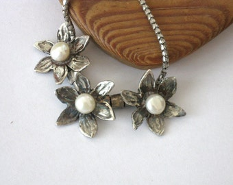Sterling Silver Necklace, Pearl Necklace, Silver Flower Necklace, Daffodil Necklace, Bridal Necklace, Bridal Jewelry, Bridesmaid's Necklace