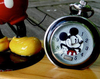 FREE SHIPPING-Vintage Fossil Mickey Mouse Pocket Watch