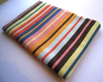 """Stripes Bold - Macbook 13"""" Air or Macbook 13 Inch Pro - Laptop Case - Laptop Sleeve - Cover - Bag - Padded and Zipper Closure"""