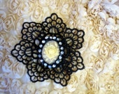 Rose Cameo with Black Trim Brooch