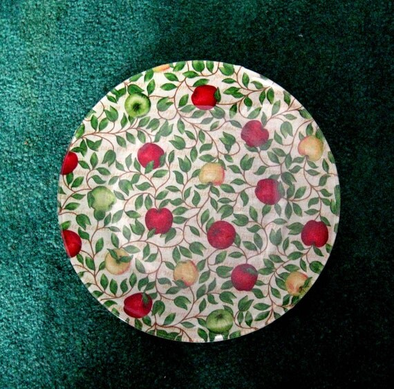 Decoupage Plate Apples