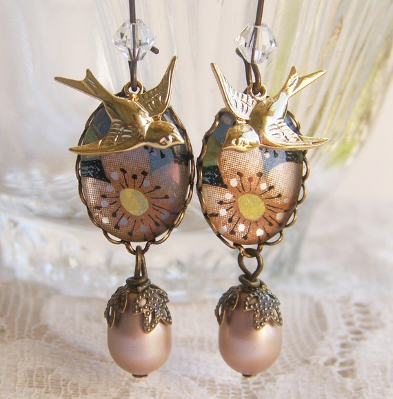 Retro Flower Cameo Earrings, vintage floral cameos with bird charms, vintage look, victorian, shabby
